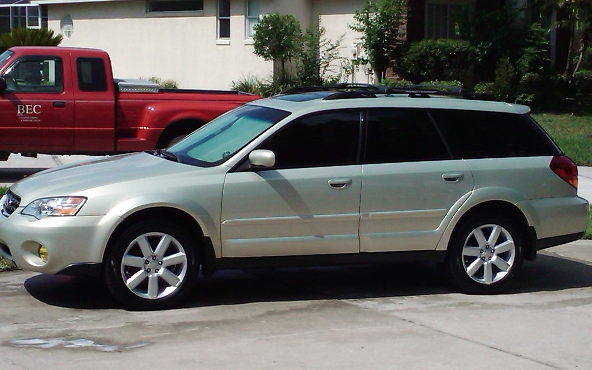 Window tinting on a wagon-2010-05-29-10.47.17_orlando_florida_us.jpg