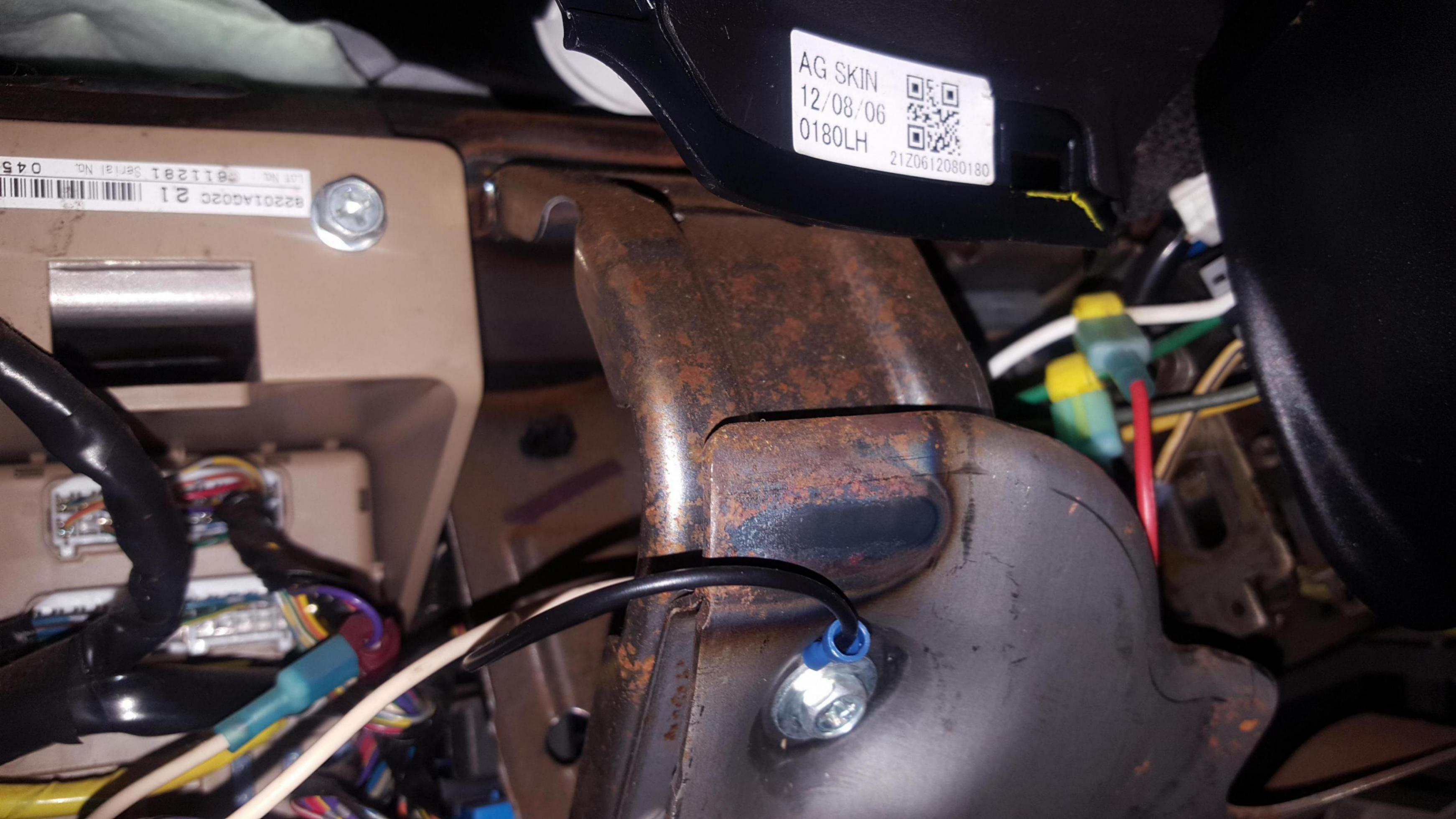 Replace '05 Outback hatch wiring harness? - Page 4 - Subaru Outback on
