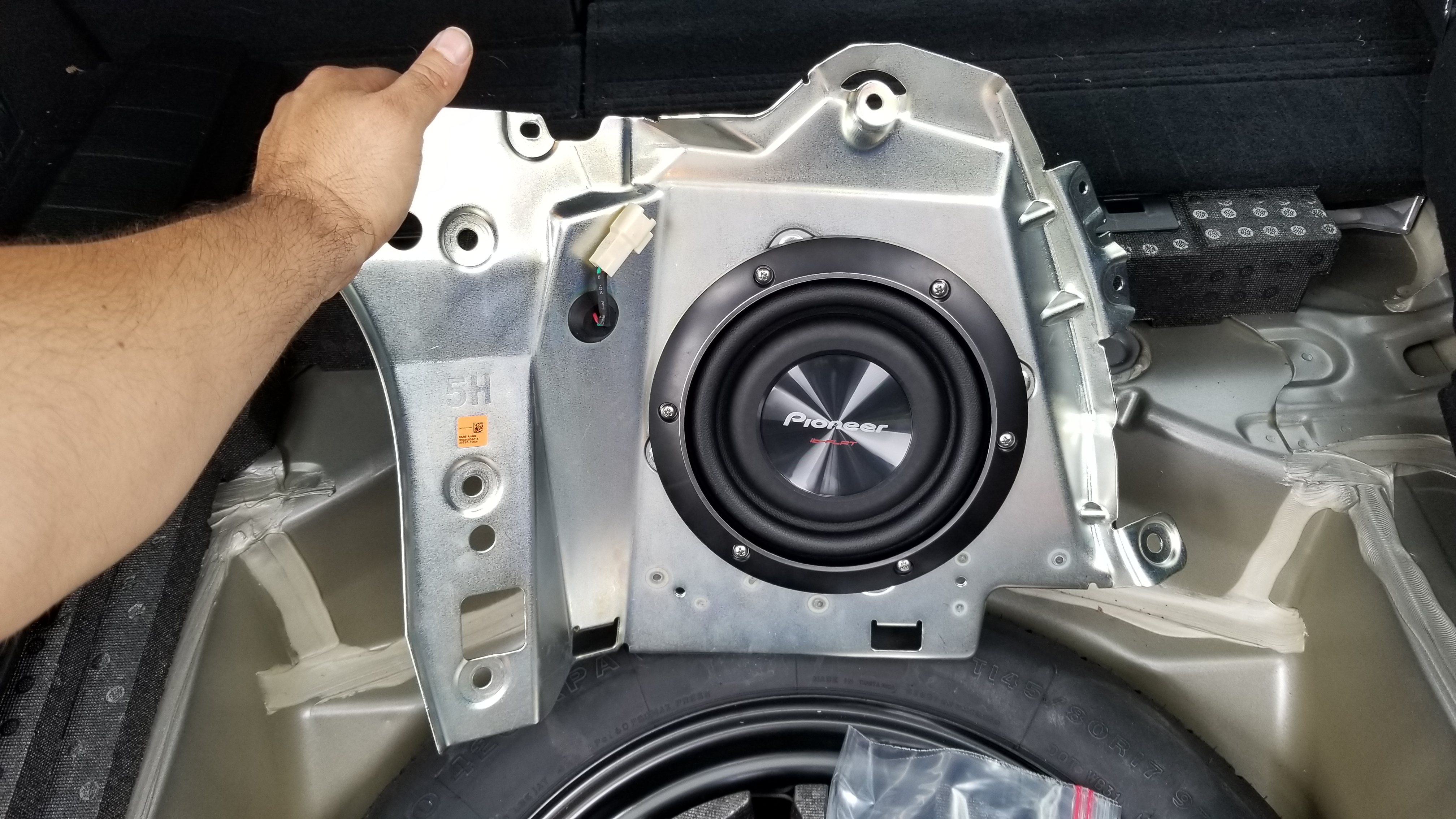 Installed the new Pioneer subwoofer. - Subaru Outback - Subaru Outback Forums