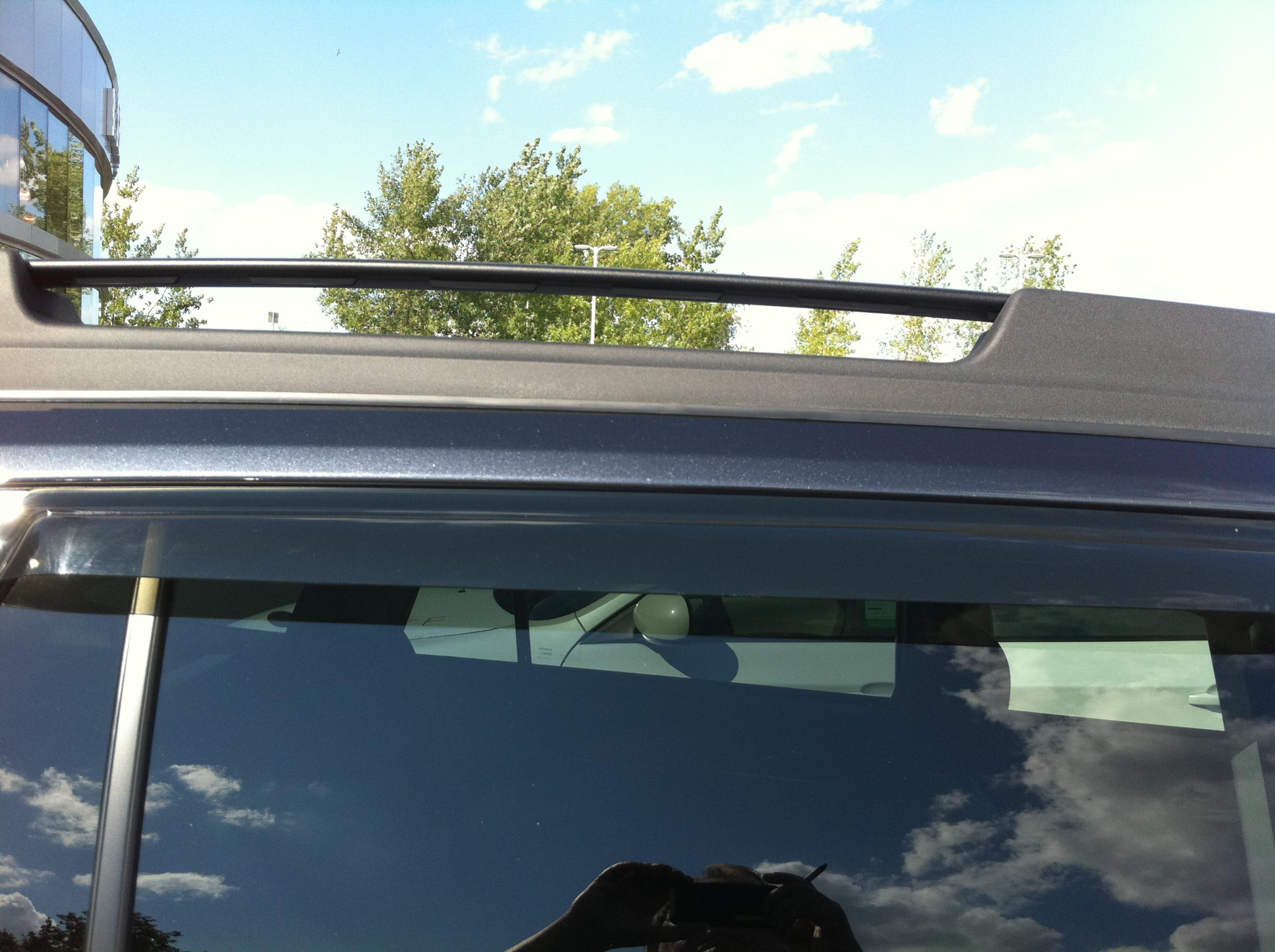 Wind Noise From Side Window Deflectors And Moonroof Air