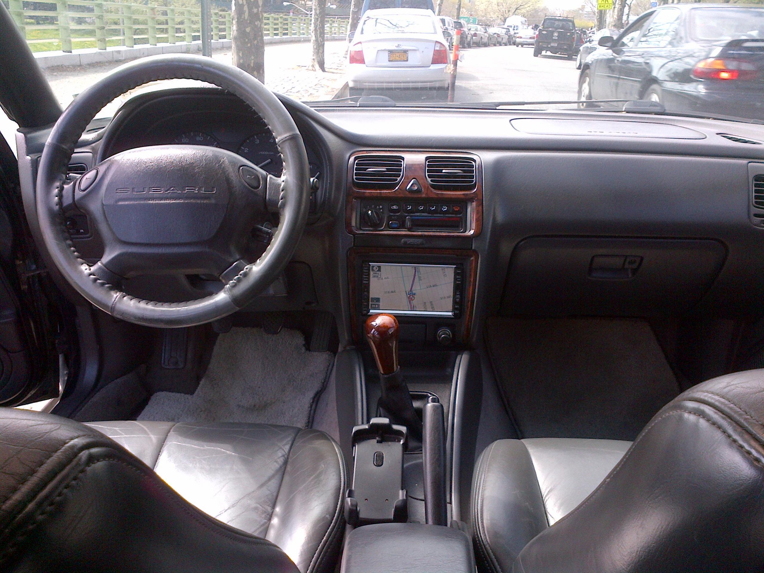 Subaru Legacy: Light control switch