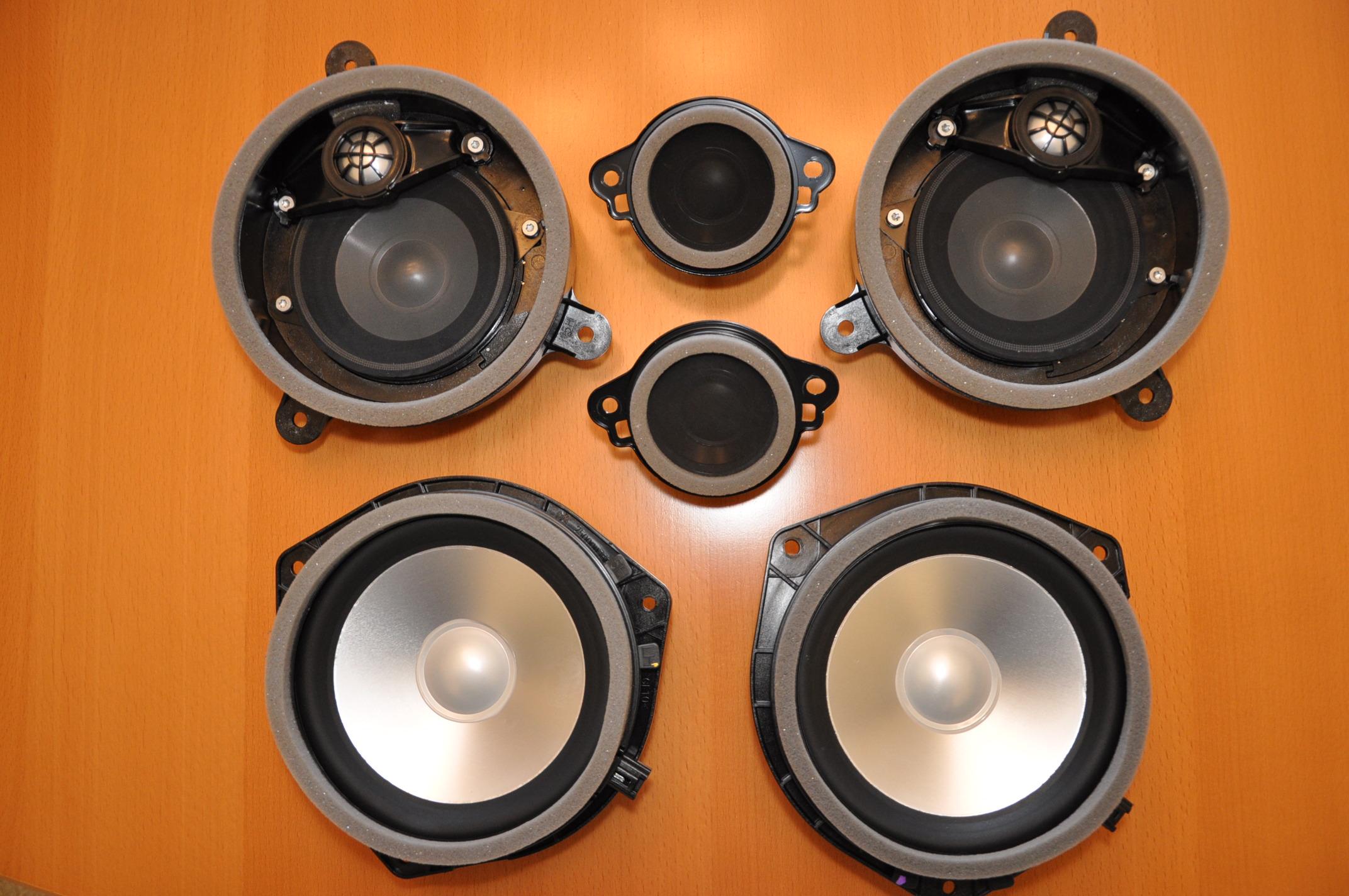 Fs  Full Set Of Harmon Kardon Door Speakers For 2010