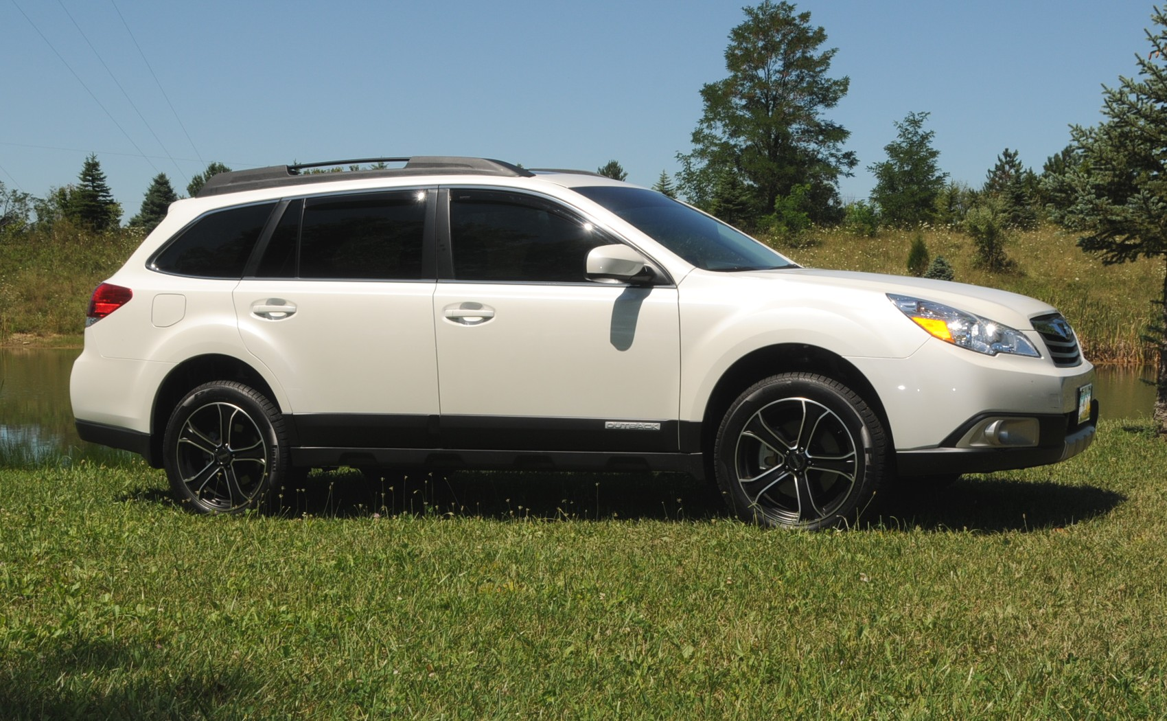 Post pictures of your Outback with aftermarket wheels ...