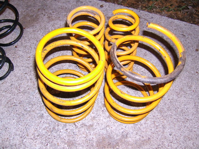 FS (TX: multiple springs / struts for Legacy & Outback & maybe Baja-dscf3093.jpg