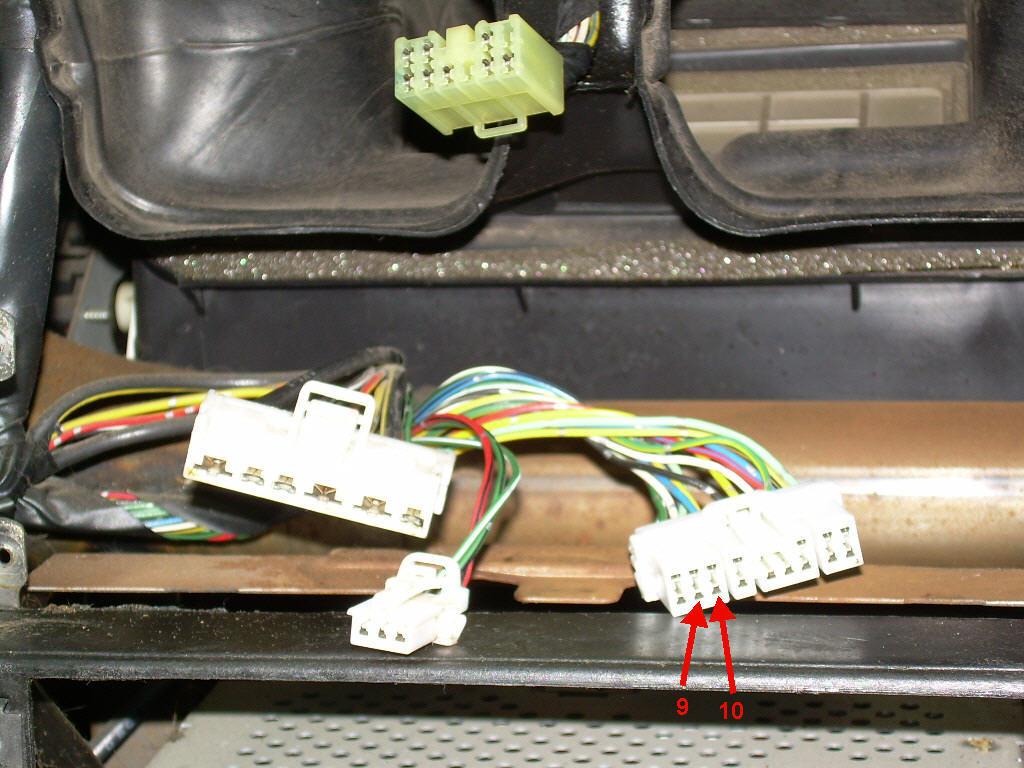Heater, blower failure-harnass-connector.jpg