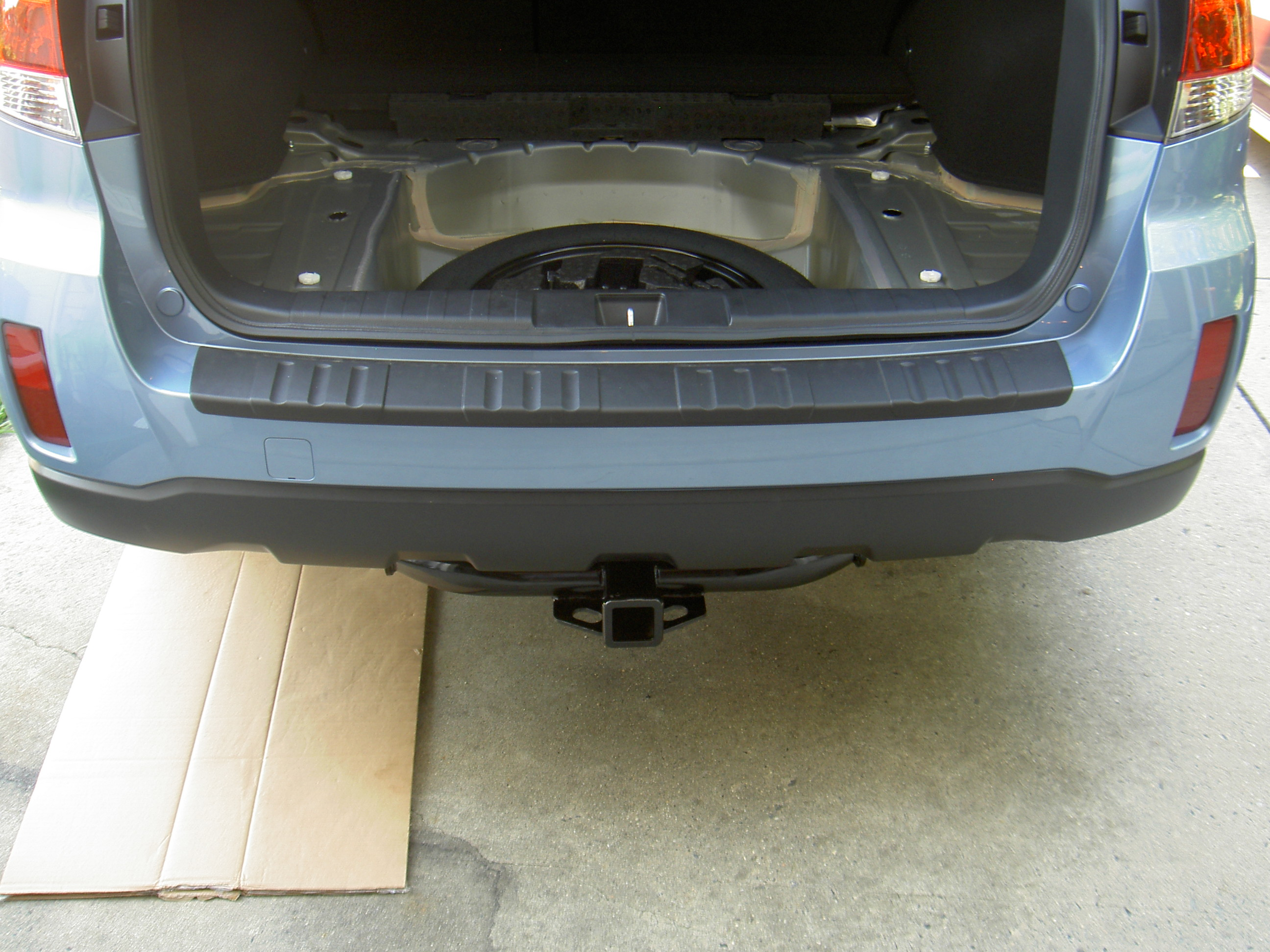 Hitch System for 2011 Outback 2.5iL-hitch-attached.jpg