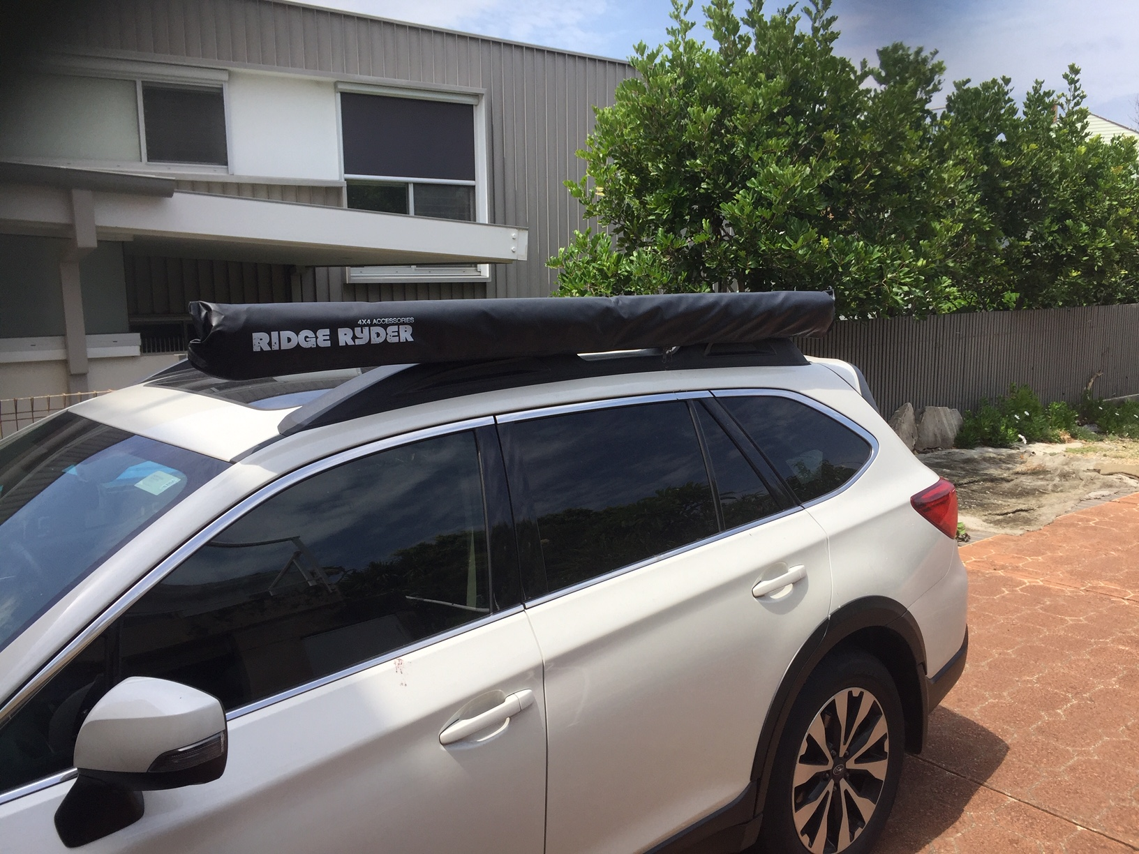 DIY: Awning without basket or using factory roof bars on ...