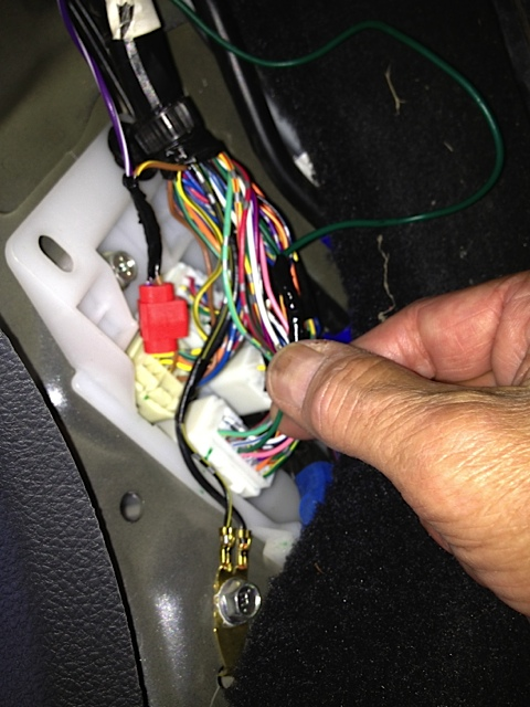 25265d1348599160 reverse signal vss signal img_0335 reverse signal and vss signal page 2 subaru outback subaru Subaru Impreza Stereo Wiring Diagram at virtualis.co