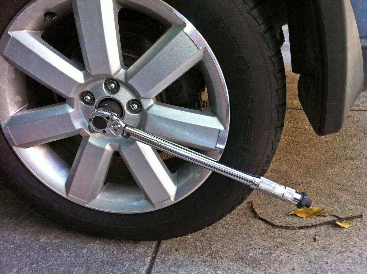 '05-'09  - Replacing rear wheel bearing-img_0944.jpg