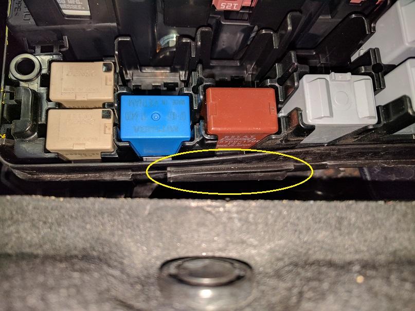 loose fuse box cover in engine compartment - subaru outback - subaru outback  forums