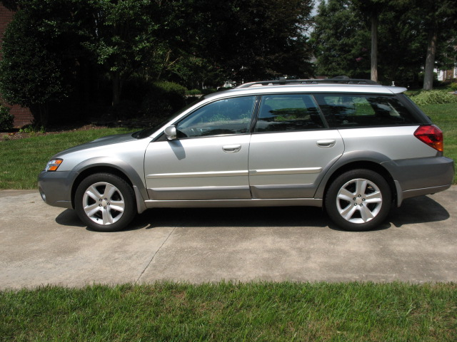 FS:  2006 Outback XT Limited-img_2378.jpg