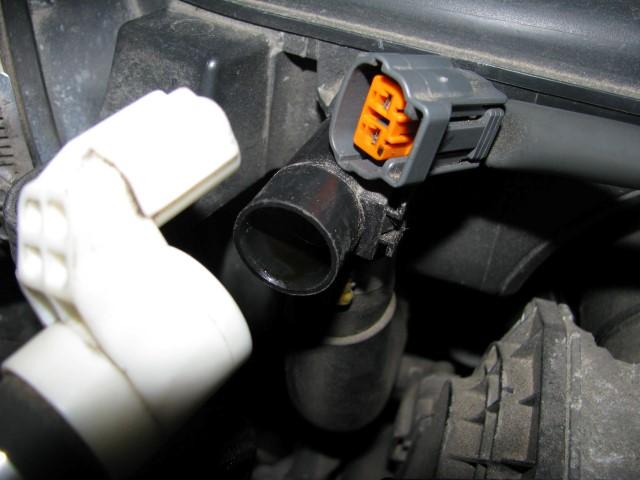 2008 Outback 2.5i air intake chamber removal - Subaru ...