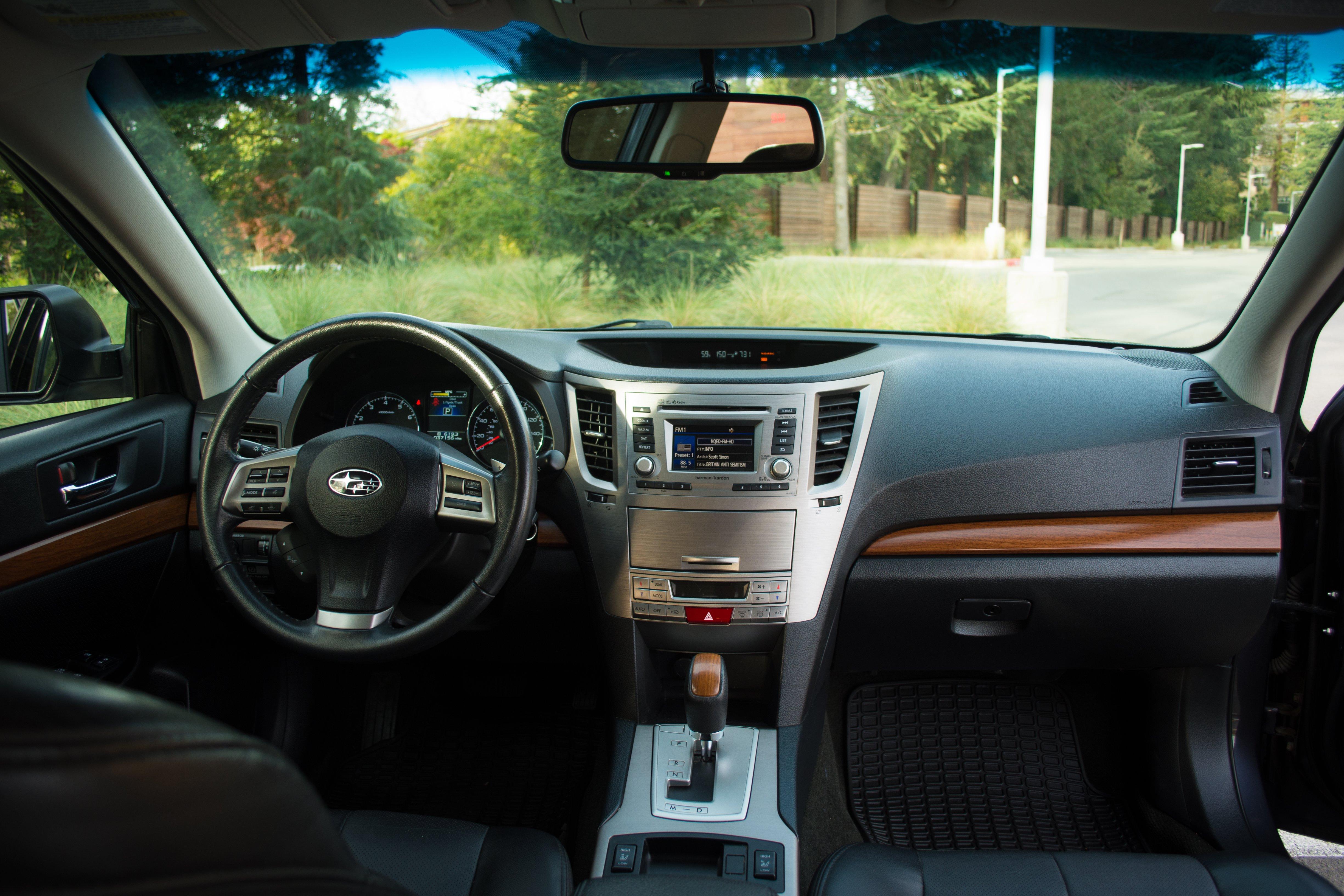 FS 2013 Subaru Outback 3 6R Limited 37 200 miles