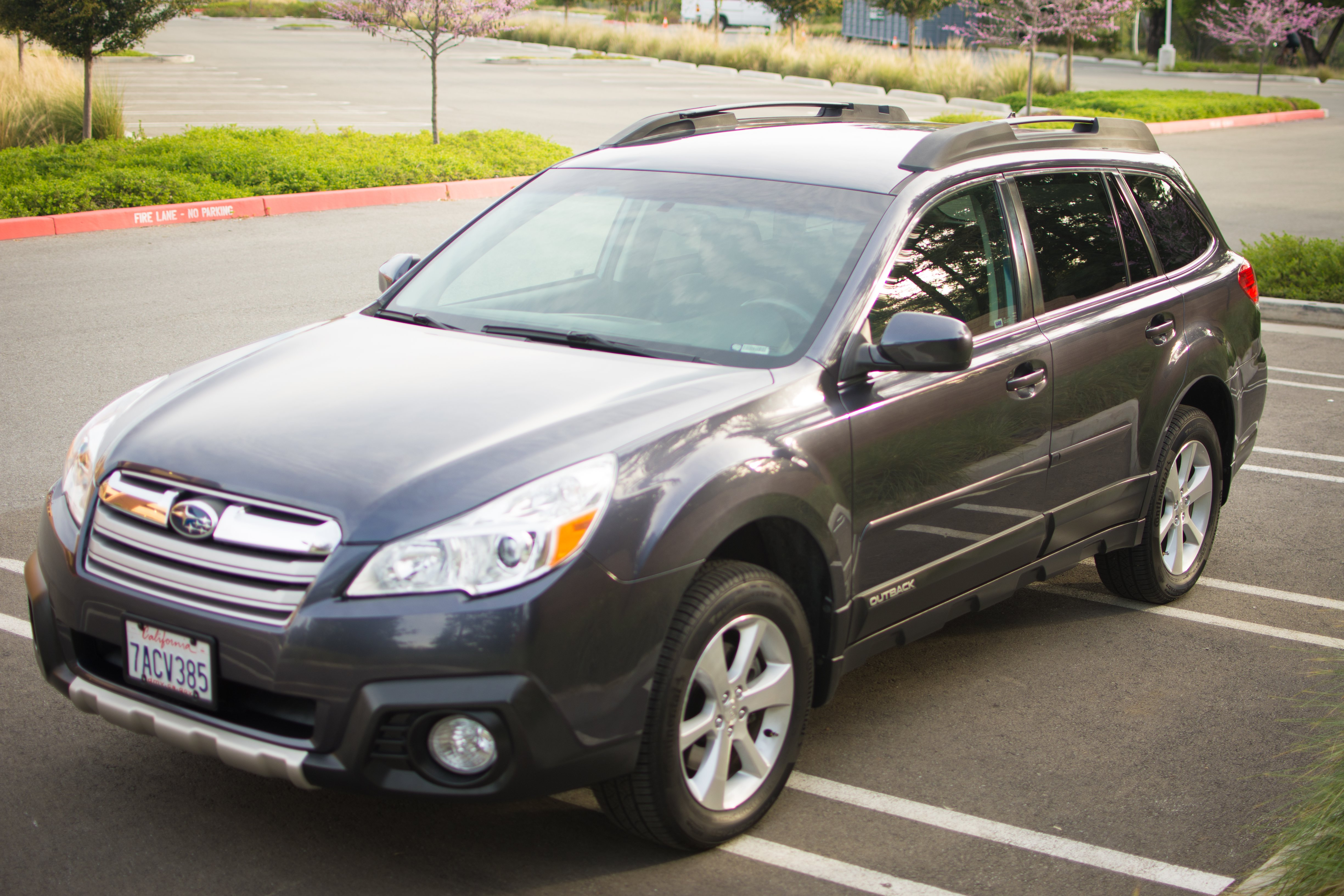 FS 2013 Subaru Outback 3 6R Limited 37 200 miles