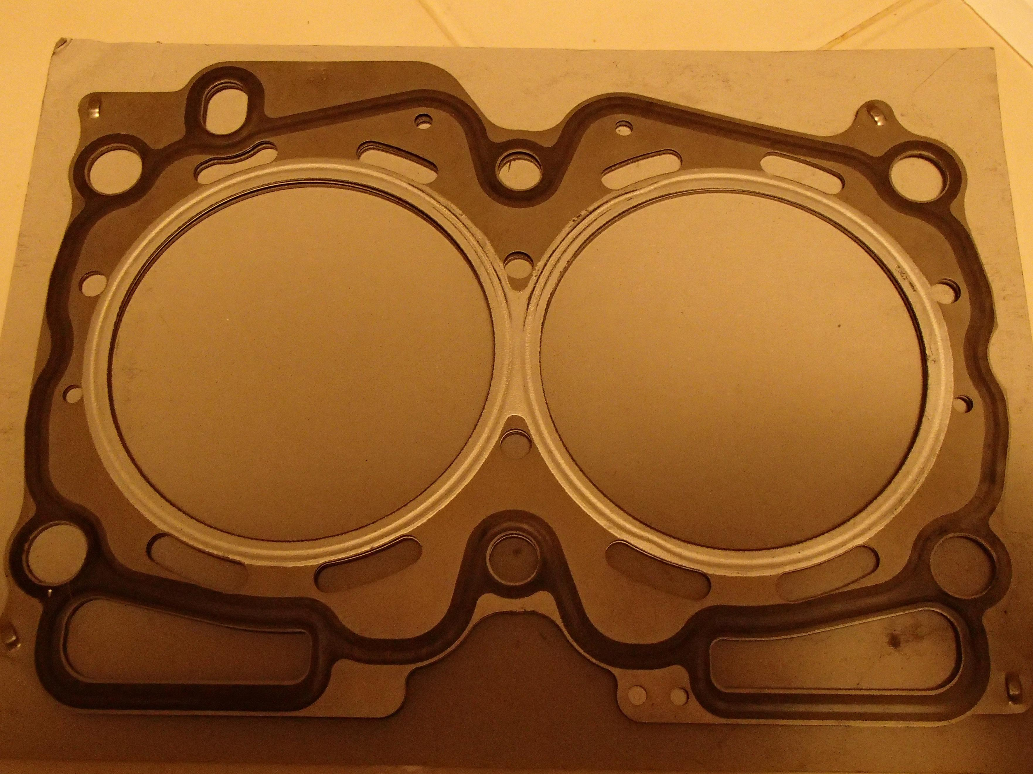 98 Subaru Ej25 Dohc Head Gasket Question Outback 1998 Click Image For Larger Version Name Pb031307 Views 175 Size 10198
