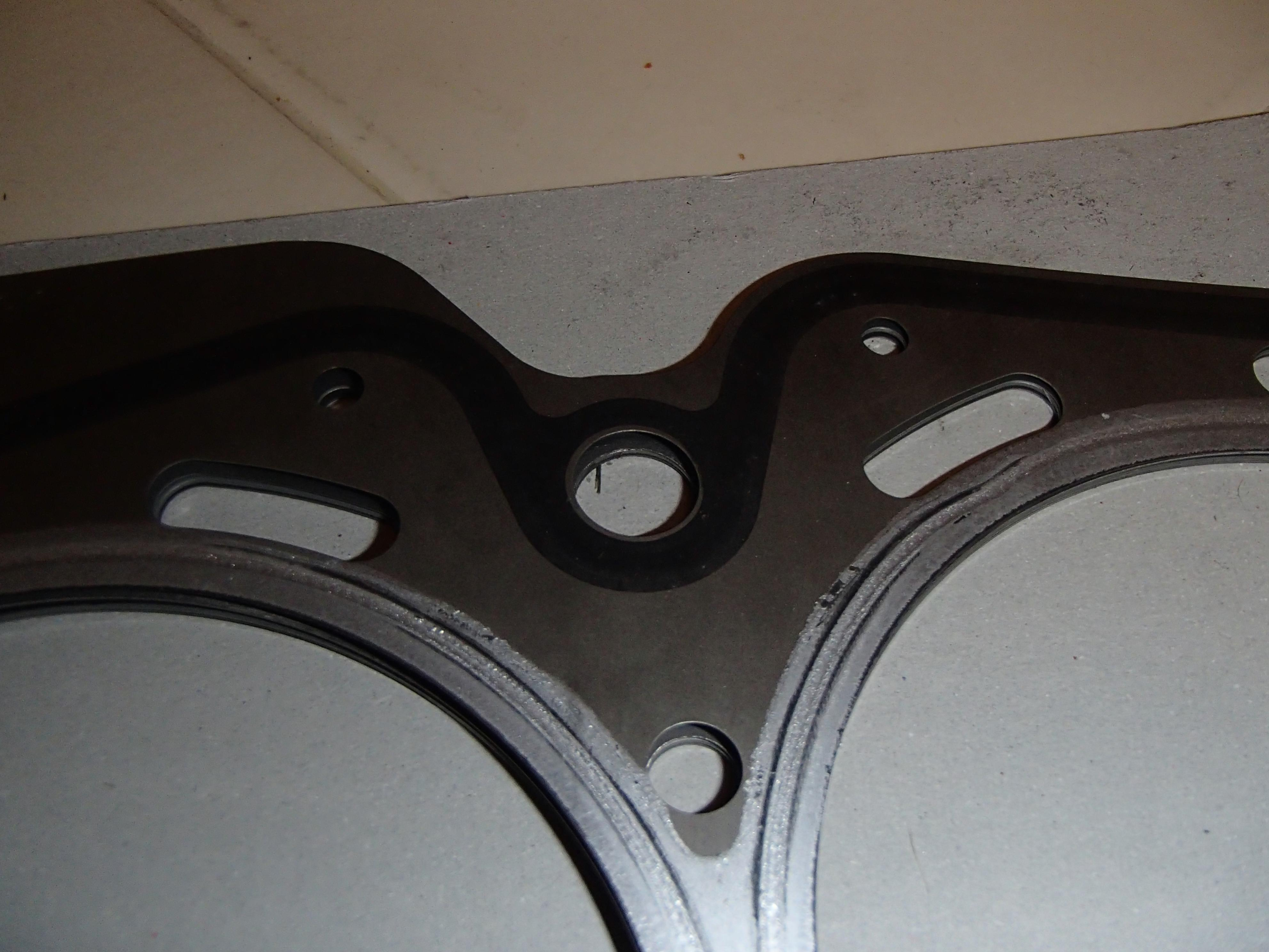 98 Subaru Ej25 Dohc Head Gasket Question Outback 1998 Click Image For Larger Version Name Pb031310 Views 181 Size 7501
