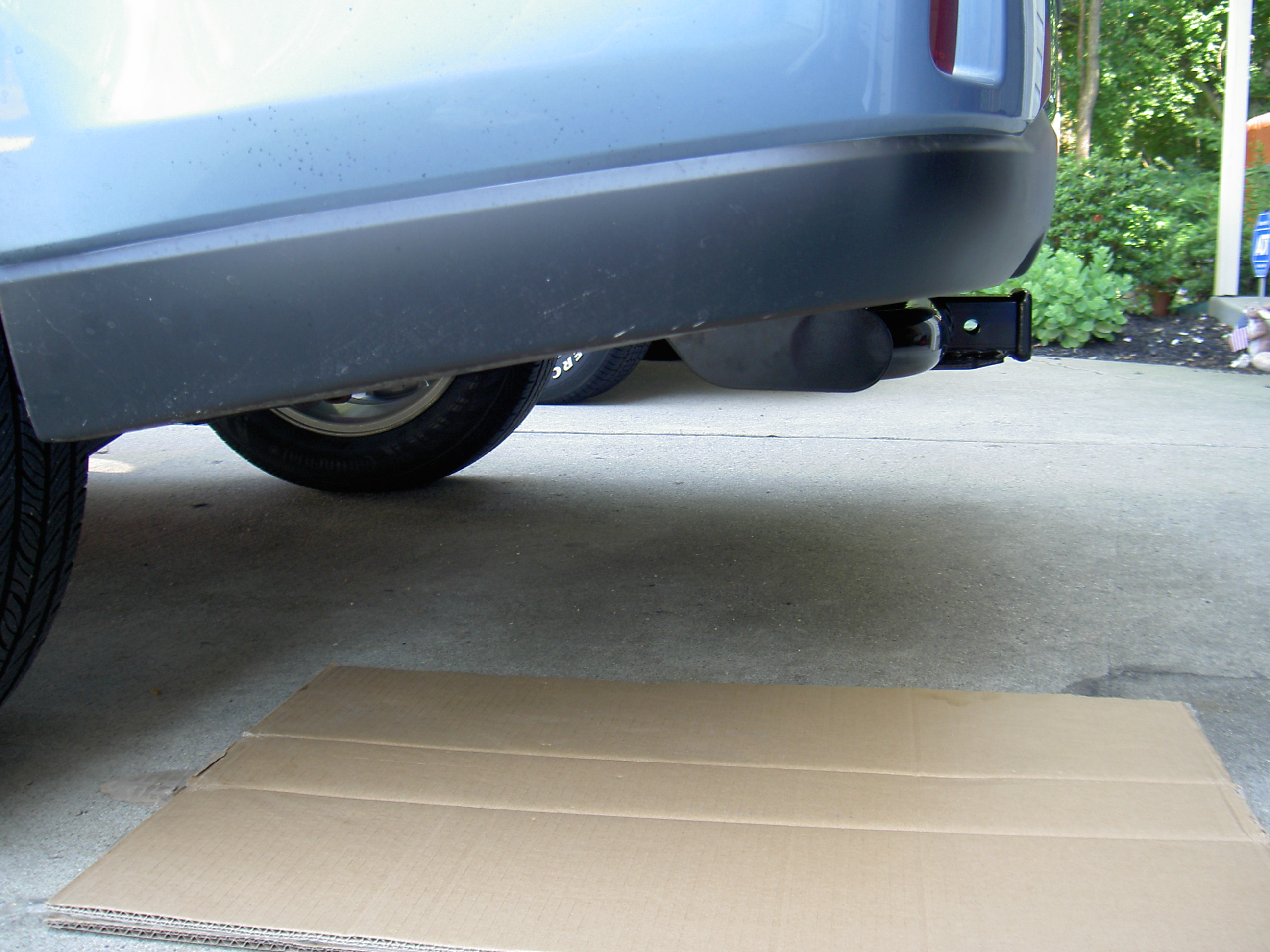 Hitch System for 2011 Outback 2.5iL-side-hitch.jpg