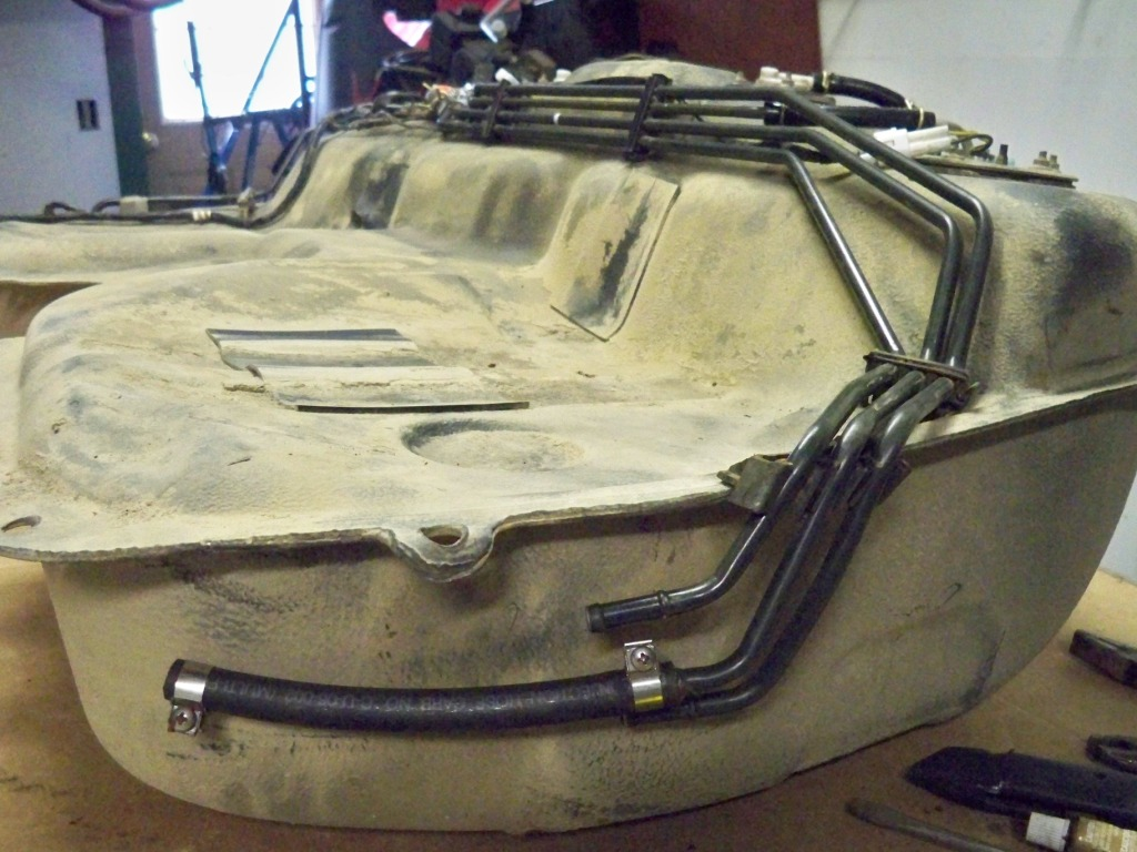 tank 0111 jpg