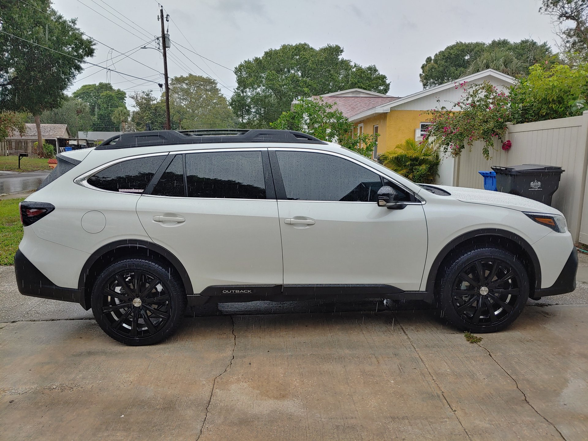 Showcase cover image for 2020 Outback Onyx Edition XT