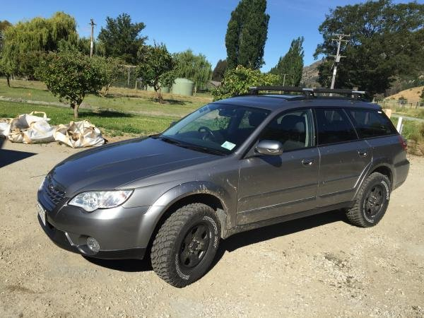 Showcase cover image for waipuna's 2007 Subaru Outback dual range manual 1:1.447 gears