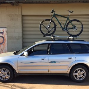 2004 Subaru Outback with my Specialized HardRock Bike