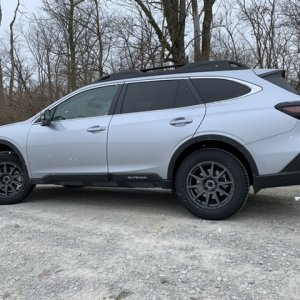 2020 Outback Limited XT Ice Silver Metallic